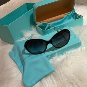 Tiffany & Co Round Flower Garden Sunglasses